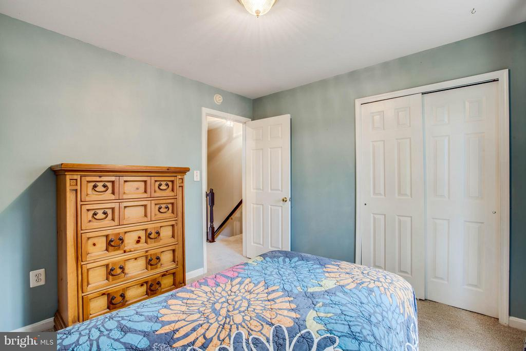 Bedroom #2 with good size closet - 11708 S OXBOW CT, FREDERICKSBURG