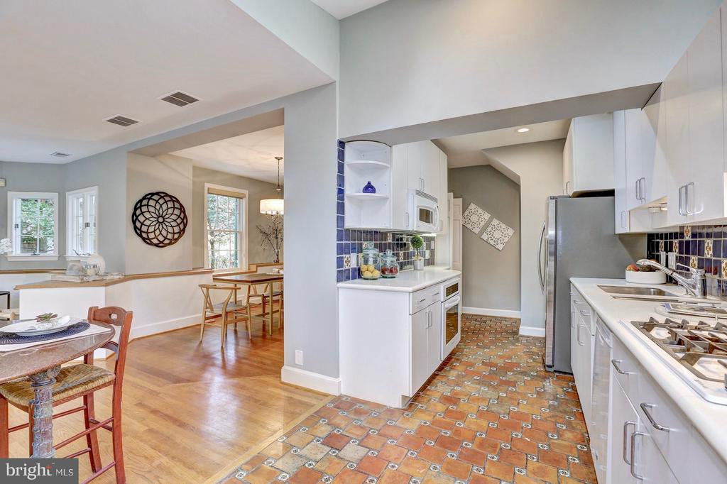 White kitchen with high ceilings. - 6613 32ND ST NW, WASHINGTON
