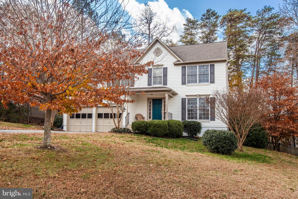 front view - 11708 S OXBOW CT, FREDERICKSBURG