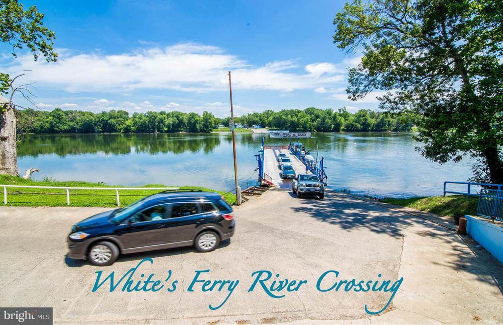 River Crossing Approx 2 Miles From Community - 16628 ELK RUN CT, LEESBURG
