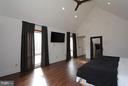 Master bedroom- Alt view - 19319 HARMONY CHURCH RD, LEESBURG