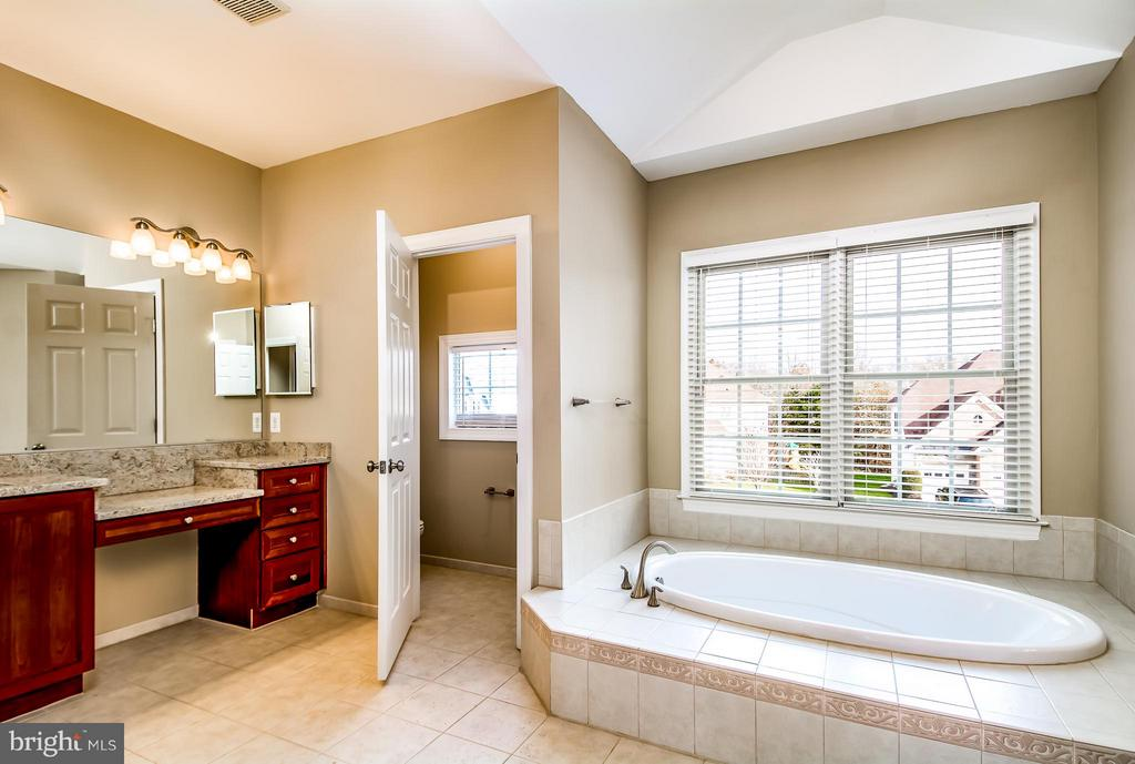 ONE OF TWO VANITIES IN MASTER BATH - 12282 TIDESWELL MILL CT, WOODBRIDGE