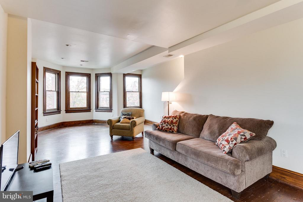 Family room (Unit 2) - 160 12TH ST SE, WASHINGTON
