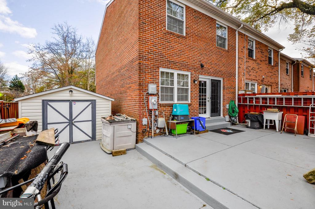 Features a Workshop Shed with Electricity and A/C - 2800 HOGAN CT, FALLS CHURCH