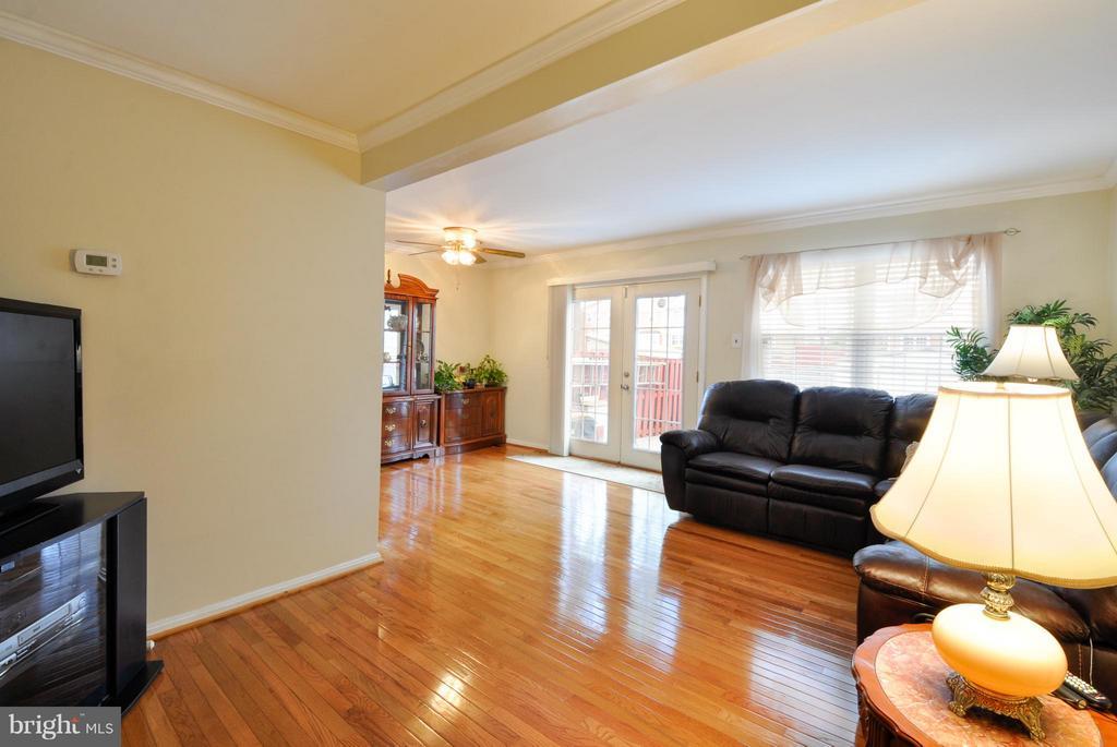 Living Room - 2800 HOGAN CT, FALLS CHURCH