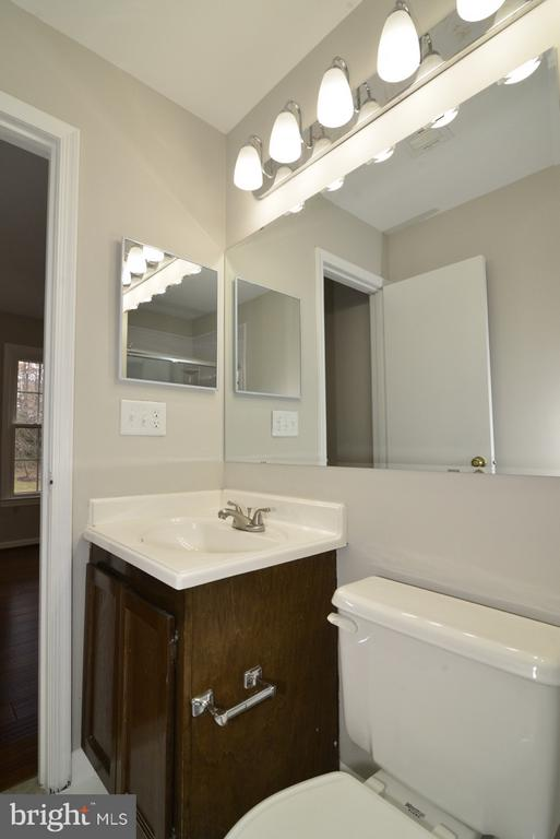 Master Bathroom - Freshly Updated - 11924 GLEN ALDEN RD, FAIRFAX