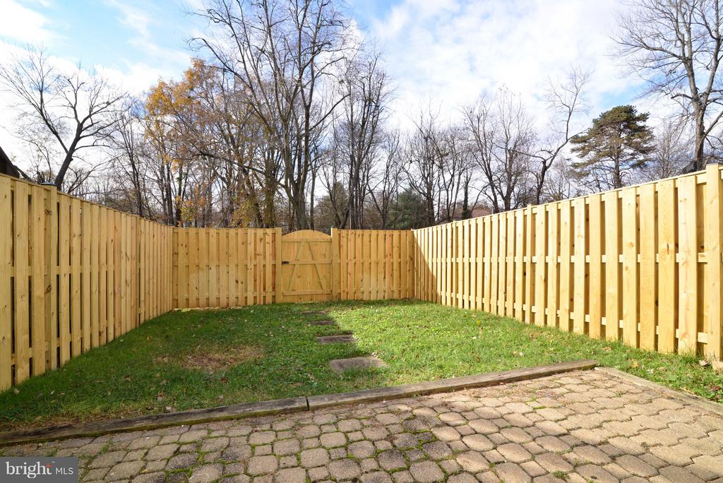 Enjoy your Private Patio & Yard! - 11924 GLEN ALDEN RD, FAIRFAX