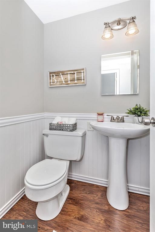 POWDER ROOM - 19217 DEEP RUN CT, GERMANTOWN