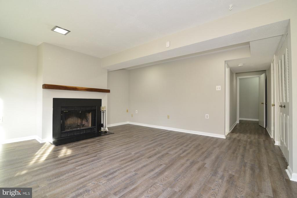 Spacious Lower Level - 11924 GLEN ALDEN RD, FAIRFAX
