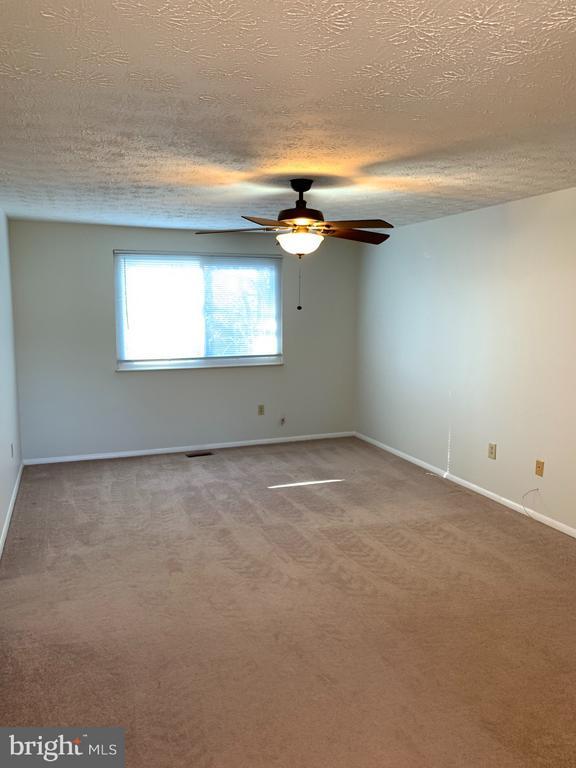 Master Bedroom - 6152 MCLENDON CT, ALEXANDRIA