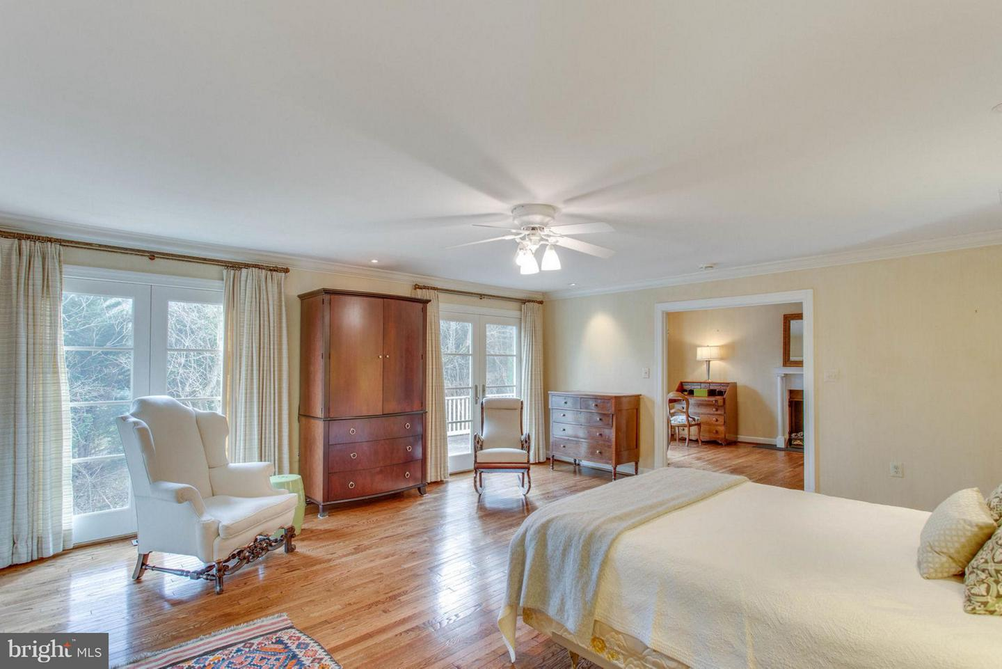 Additional photo for property listing at 5702 Cricket Pl 5702 Cricket Pl Mclean, Virginia 22101 United States