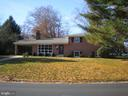 Front of house - 6131 BEACHWAY, FALLS CHURCH