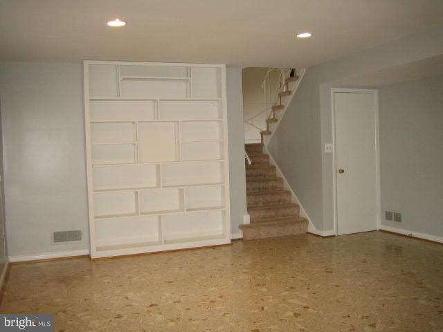 Book shelves in family room - 6131 BEACHWAY, FALLS CHURCH