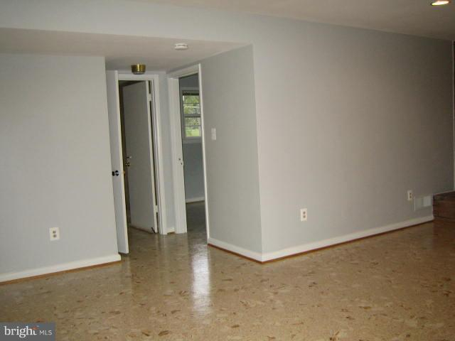 Family room to 4th bedroom - 6131 BEACHWAY, FALLS CHURCH