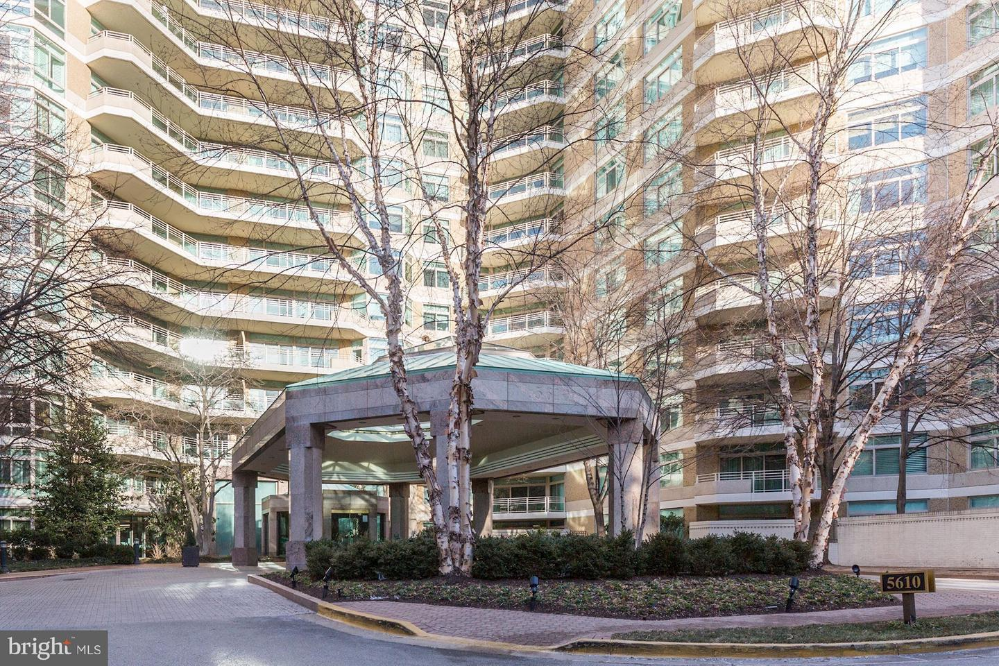Single Family Home for Sale at 5610 Wisconsin Ave #1203 5610 Wisconsin Ave #1203 Chevy Chase, Maryland 20815 United States