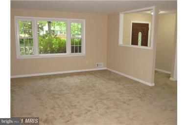 Living Room - 14712 LOCK DR, CENTREVILLE