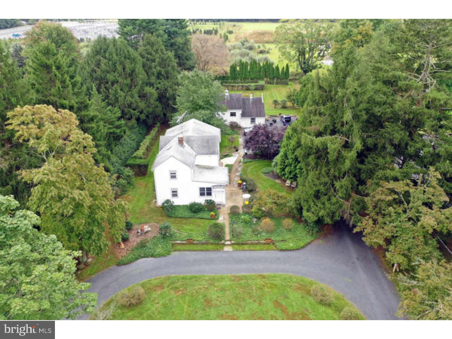 Single Family Home for Sale at 963 RIDGE Road Monmouth Junction, New Jersey 08852 United StatesMunicipality: South Brunswick Township