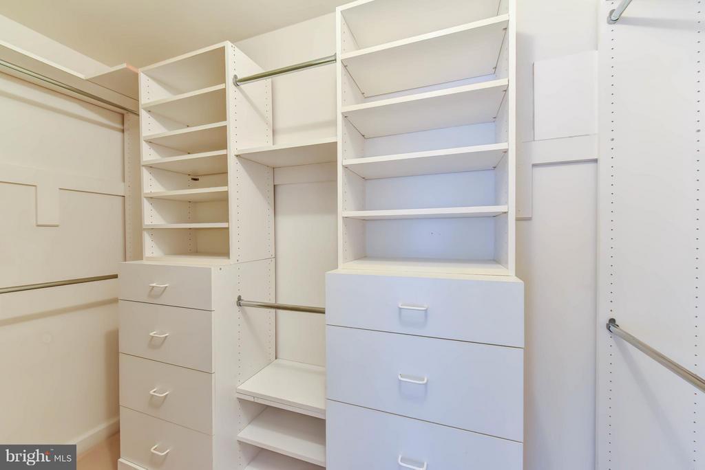 Closet in Master Suite - 8608 WOODLAND HEIGHTS CT, ALEXANDRIA
