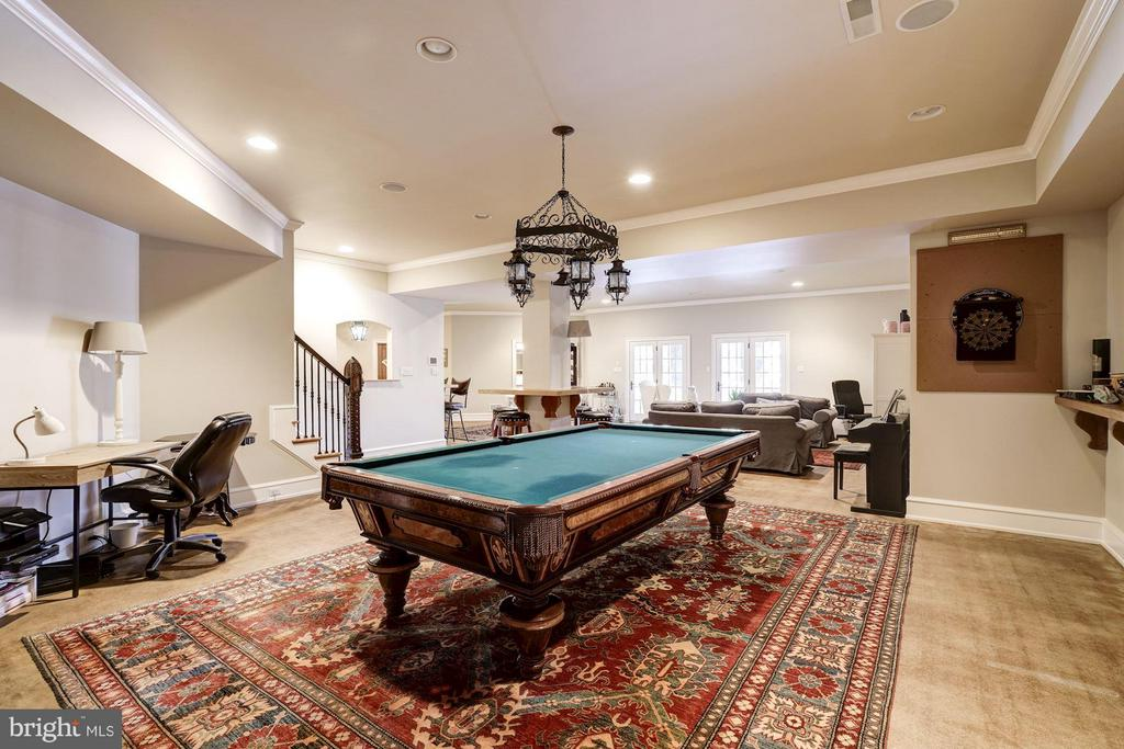 Recreation Room / Billiards - 626 PHILIP DIGGES DR, GREAT FALLS