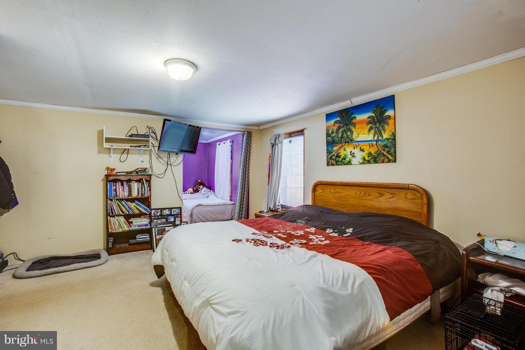 Master Bedroom - 100 WOODSTOCK LN, STAFFORD