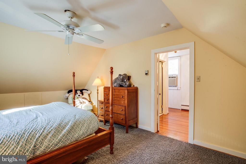 Bedroom 6 - 814 CORNELL ST, FREDERICKSBURG