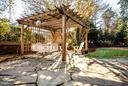 Great back yard for parties! - 814 CORNELL ST, FREDERICKSBURG