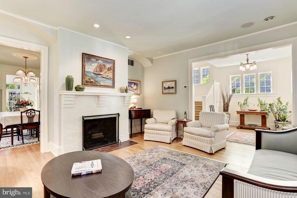 Formal Living Room - 3822 LIVINGSTON ST NW, WASHINGTON