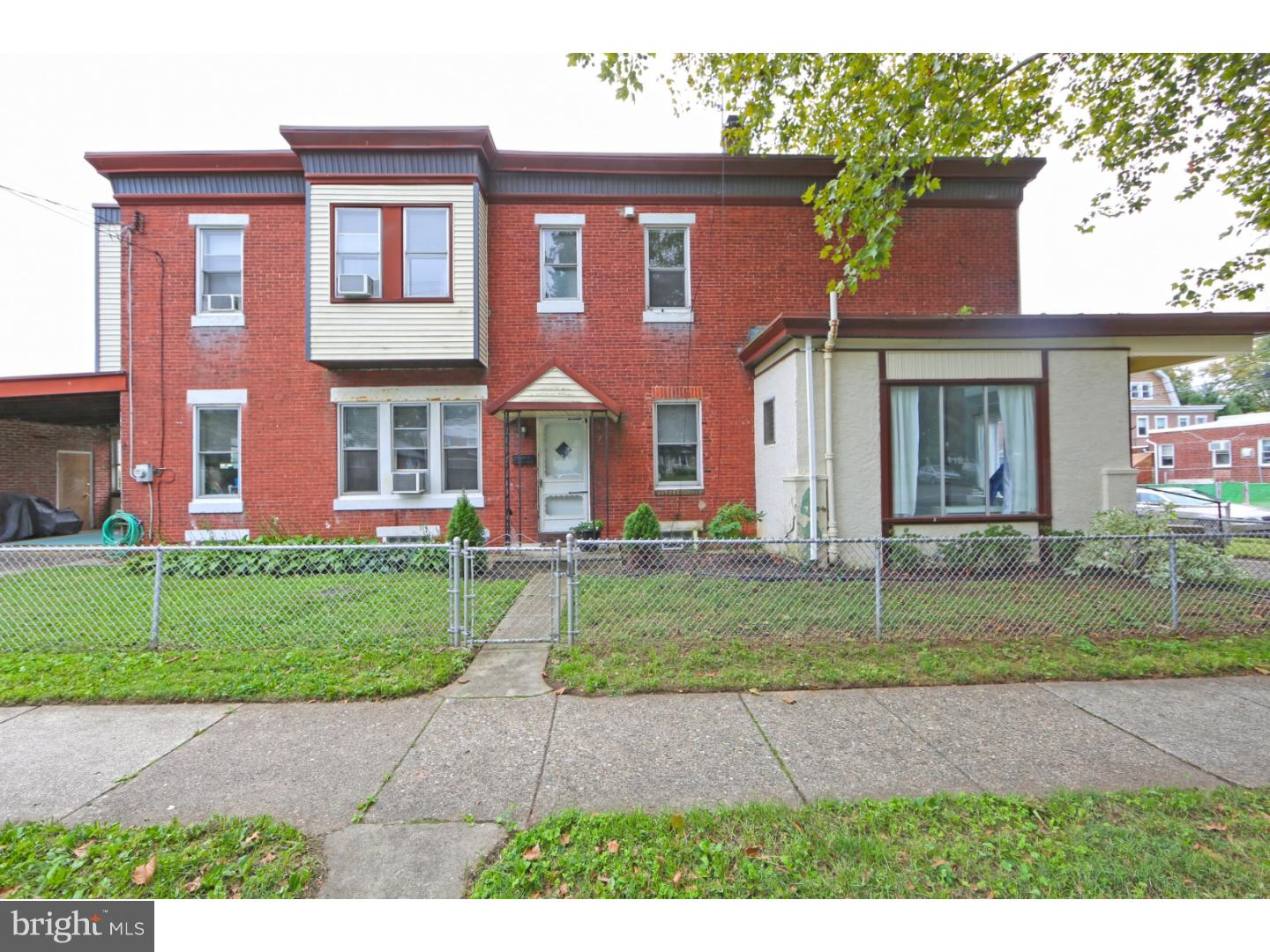Photo of home for sale at 501 Solly Avenue, Philadelphia PA