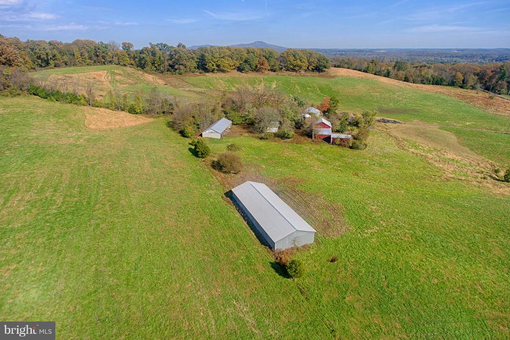Large Pole Barn, Concrete Block Barn, Outbuildings - 43660 SPINKS FERRY RD, LEESBURG