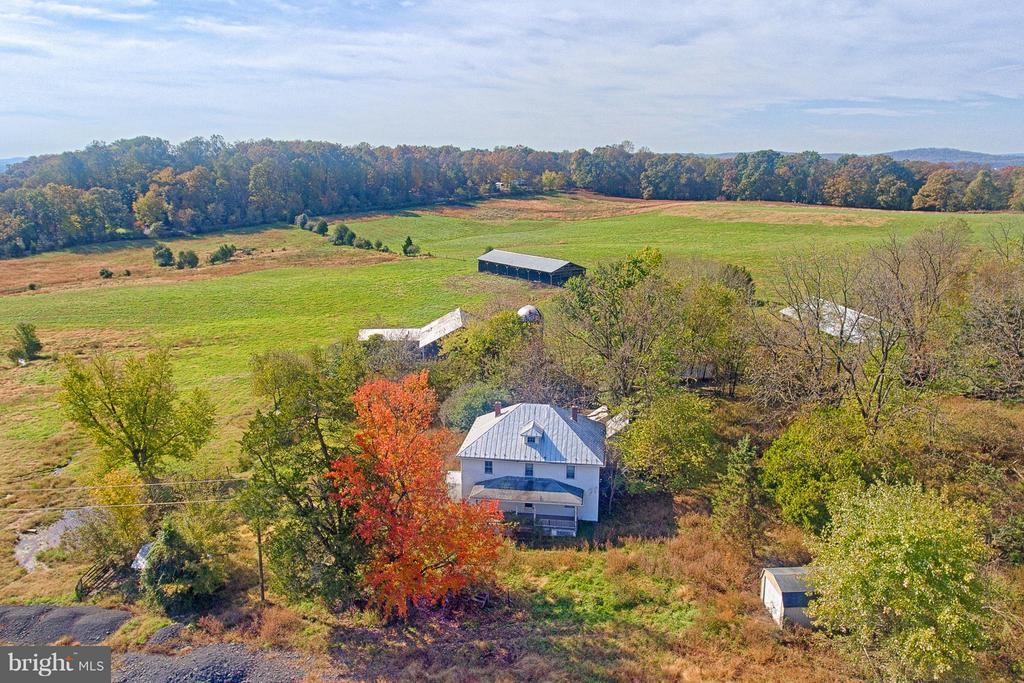 147.7 acres -CAN BE DIVIDED INTO 4 BUILD-ABLE LOTS - 43660 SPINKS FERRY RD, LEESBURG