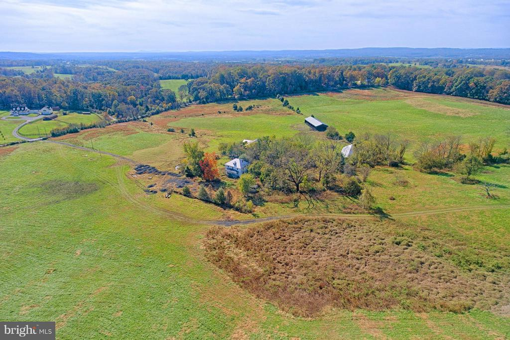 Rolling Open Pastures = Great for Winery, Brewery - 43660 SPINKS FERRY RD, LEESBURG