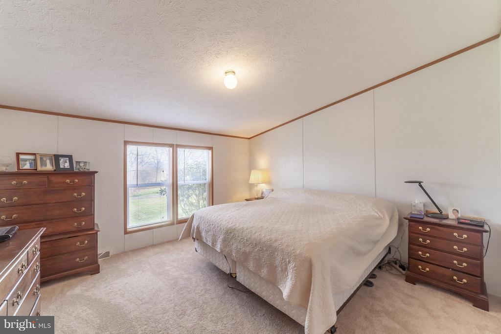 Master bedroom - 2200 QUEBEC SCHOOL RD, MIDDLETOWN