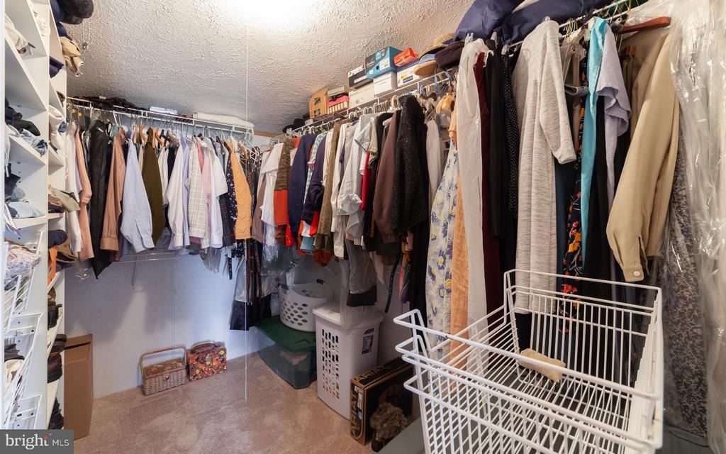 Walk-in closet - 2200 QUEBEC SCHOOL RD, MIDDLETOWN