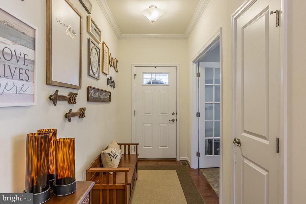 Front Door and Foyer - 17137 SEA SKIFF WAY, DUMFRIES