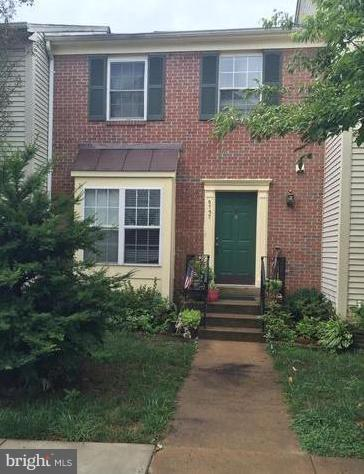 MLS FX10376351 in CLIFTON TOWNES