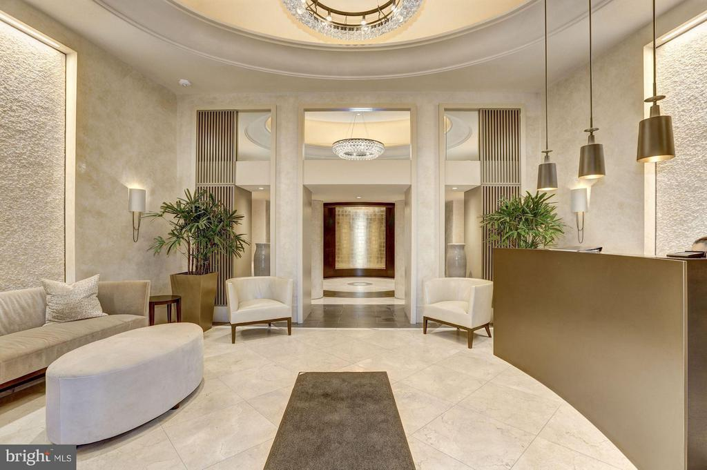 Spetacular Building Renovation incl Marble Lobby - 4200 MASSACHUSETTS AVE NW #120, WASHINGTON