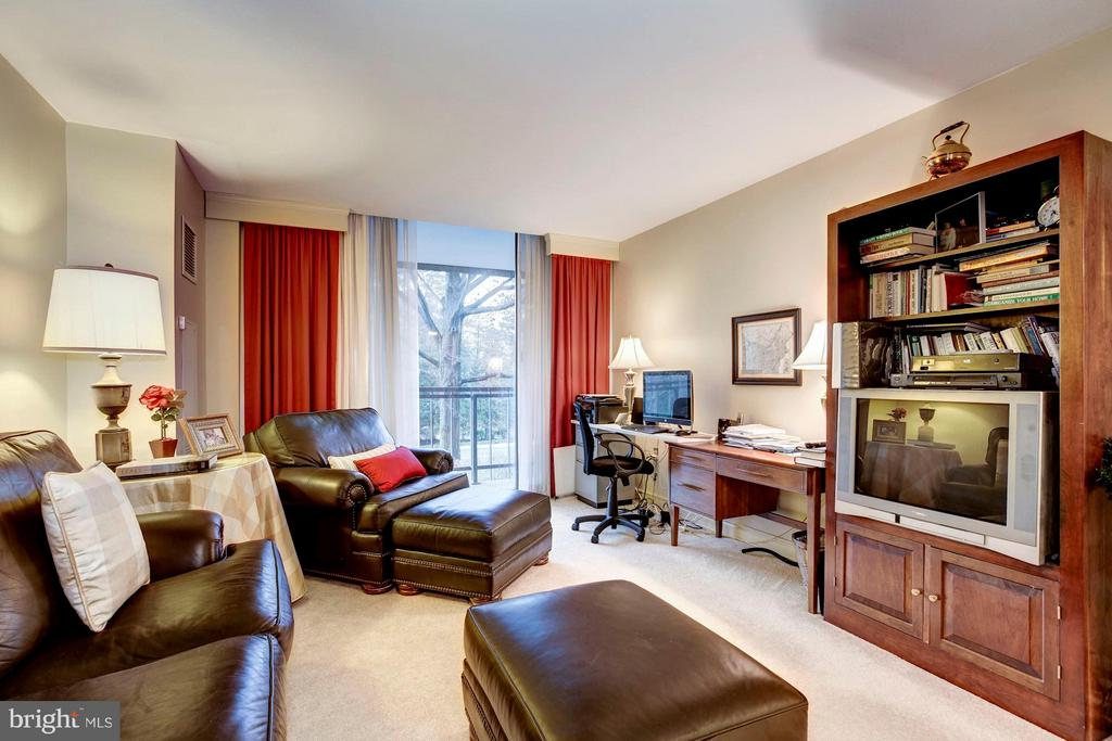 Bedroom #2/Home Office - 4200 MASSACHUSETTS AVE NW #120, WASHINGTON