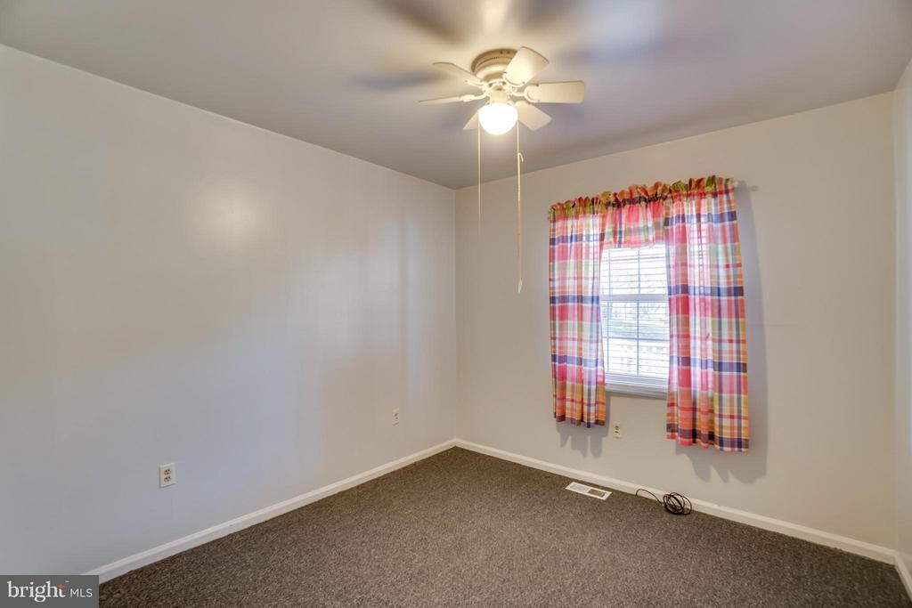 Bedroom 3 is good size too - 3327 SOMERSET LN, FREDERICKSBURG