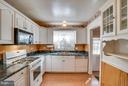 Well designed kitchen - 3327 SOMERSET LN, FREDERICKSBURG
