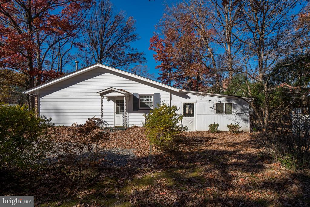 Like living in the country but close to everything - 3327 SOMERSET LN, FREDERICKSBURG