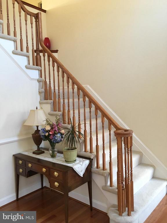 Elegant Staircase and custom WOODWORK.. - 6142 WALKER'S HOLLOW, LOCUST GROVE