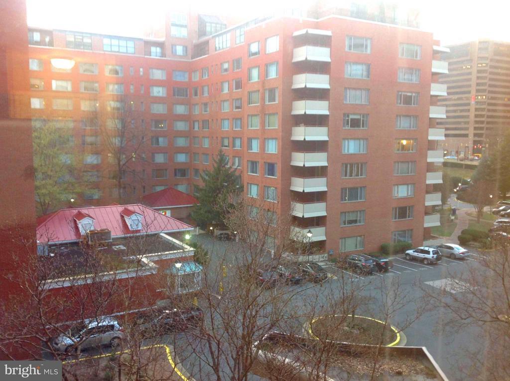 View - 1021 ARLINGTON BLVD #801, ARLINGTON