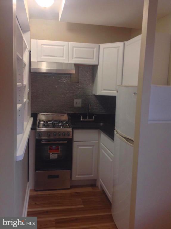Kitchen - 1021 ARLINGTON BLVD #801, ARLINGTON