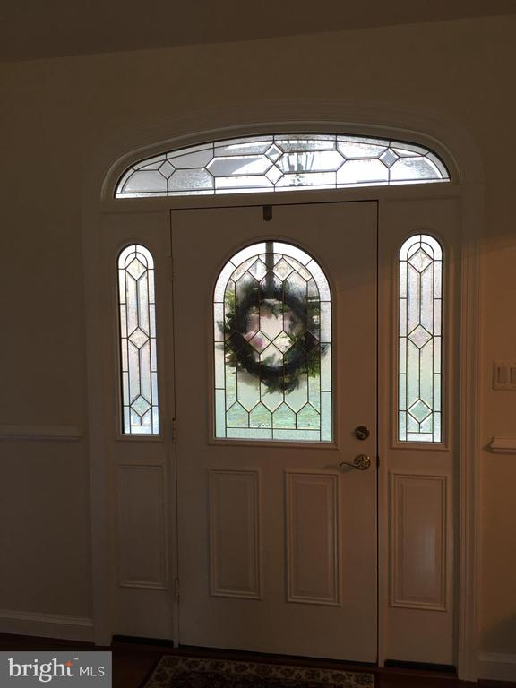 Gracious FRONT ENTRY.. - 6142 WALKERS HOLLOW WAY, LOCUST GROVE