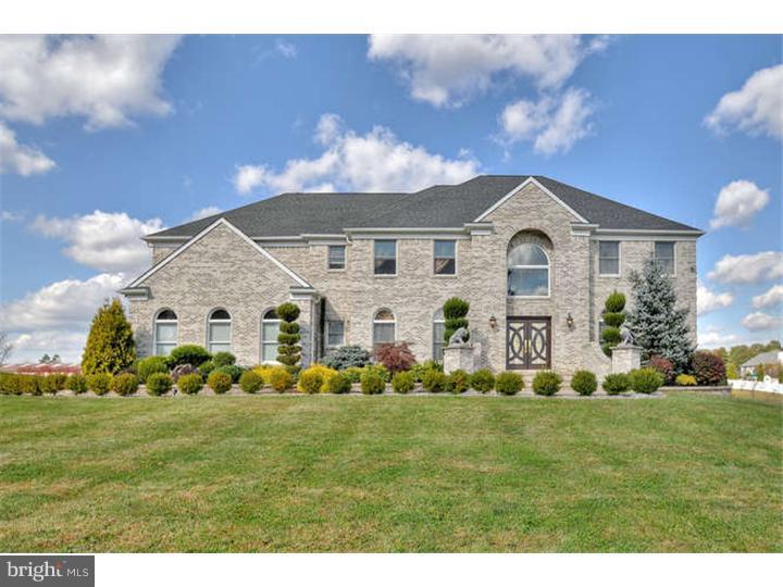 Частный односемейный дом для того Продажа на 60 YELLOW MEETINGHOUSE Road Cream Ridge, Нью-Джерси 08514 Соединенные ШтатыВ/Около: Upper Freehold Township