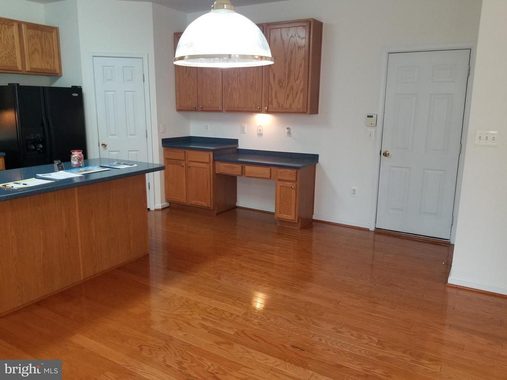 Desk Area in Kitchen - 12601 VENTURA LN, FREDERICKSBURG