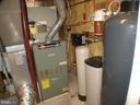 Good oil furnace used as booster for heat pump - 1919 WITHERS LARUE RD., BERRYVILLE
