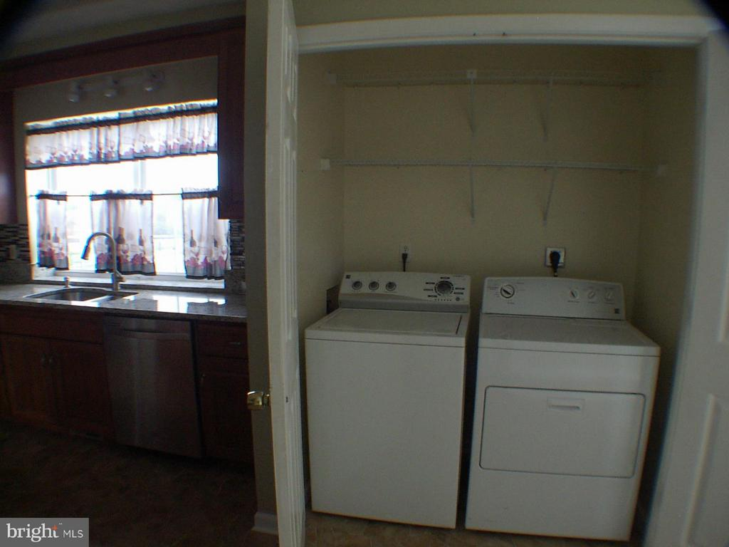 Washer and dryer convey - 1919 WITHERS LARUE RD., BERRYVILLE