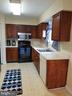 Kitchen - 7810 GATESHEAD LN, MANASSAS