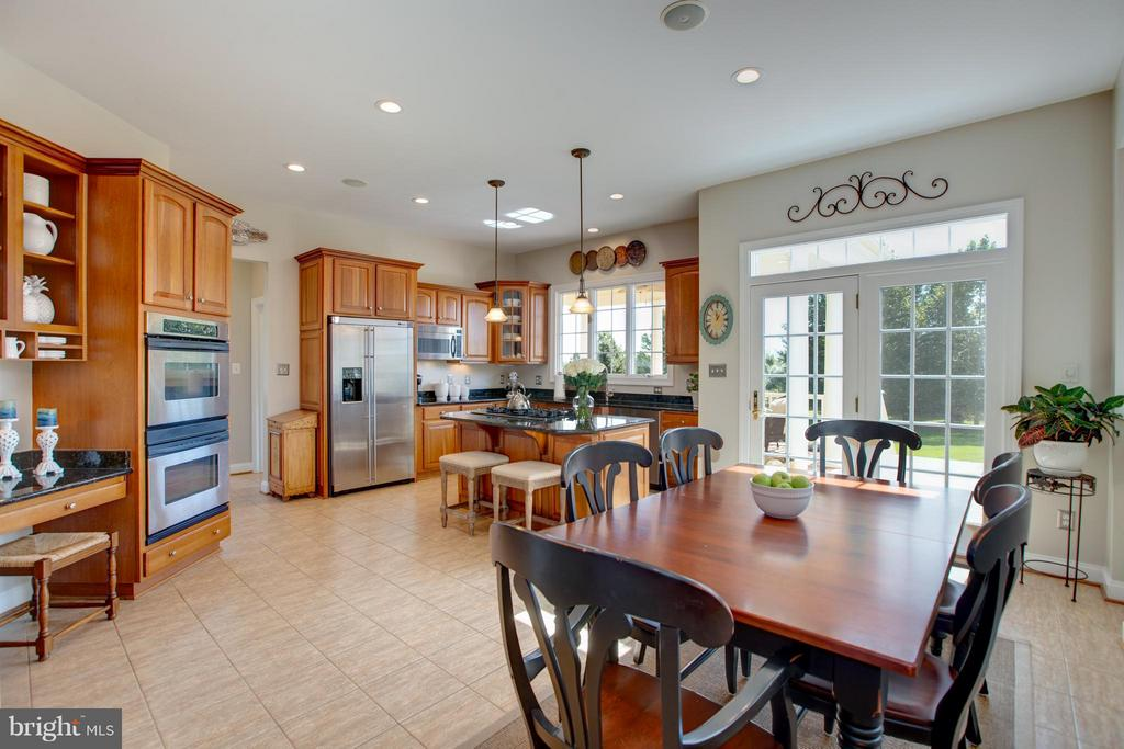 Access from Kitchen to Fabulous Covered Porch - 16628 ELK RUN CT, LEESBURG